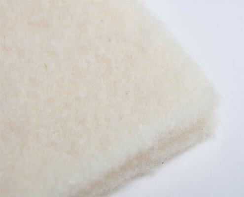 Sheep's wool fleece from controlled organic animal husbandry
