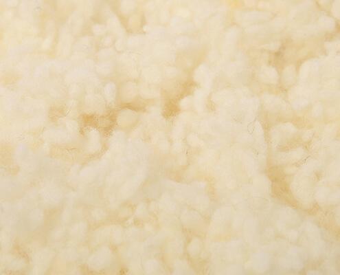 Sheep's wool beads from controlled organic animal husbandry